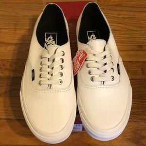 fcc44fe4de RARE New in Box Vans Snake White Leather Authentic